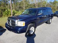 Patriot Blue Pearlcoat 2006 Dodge Dakota SLT RWD