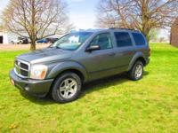Local trade - in!!! 4.7L V - 8, 4X4, tow package, front