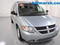 Grand Caravan SXT, Silver, Air conditioning, CD player,