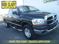 Accident Free Carfax History and 4X4. 4D Quad Cab, HEMI