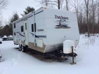 2006 Dutchmen Lite M-26B- 26 feet in length- Double