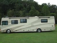2006 Fleetwood Excursion 39' 350HP Diesel Pusher Luxury