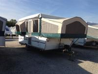2006 Flagstaff 425D Spacious with one slide and kitchen