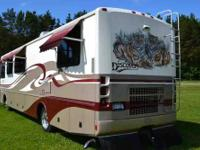 2006 Fleetwood Bounder in Excellent Condition No