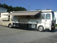 RV Type: Class A Year: 2006 Make: Fleetwood Model: