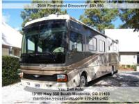 Don't miss out on this one! 2006 Fleetwood Discovery