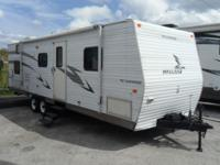 Pre-Owned 2006 Fleetwood RV Mallard 300 BHS Travel