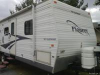 2006 Fleetwood Pioneer Travel Trailer