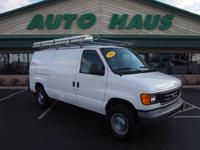 Mp3 and keyless entry make this 2006 Ford E-Series