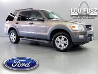 -LRB-314-RRB-287-5872 ext. 846. Look at this 2006 Ford