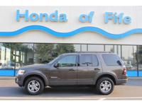 PREMIUM & KEY FEATURES ON THIS 2006 Ford Explorer
