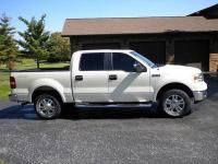 For sale we have a 2006 FORD F-150 Lariat 4x4. This