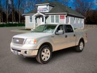 Get lots for your money with this  2006 Ford F-150.