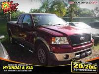 New Arrival! *four wheel-drive* This 2006 Ford F-150
