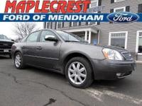 1 OWNER, CLEAN CARFAX. Five Hundred Limited, 4D Sedan,