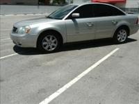 2006 FORD FIVE HUNDRED. BEAUTIFUL CAR IT RUNS LIKE NEW