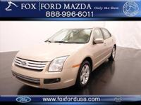CHECK OUT THIS SPACIOUS 4-dr 2006 FORD FUSION SE