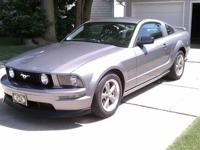 2006 Ford Mustang GT in Tungsten Gray, auto, leather