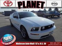 4.6L V8 24V, ** LEATHER INTERIOR **, ** LOW MILES **,