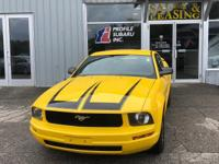 Step into the 2006 Ford Mustang! It comes equipped with
