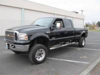 2006 FORD Super Duty F-350 SRW Pickup Truck Crew Cab