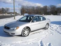 JUST LOWERED PRICE! 2006 Ford Taurus SEL. V6, 4 door,