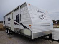 2006 FOREST RIVER CHEROKEE, WITH 1 SLIDE OUT 28 FT BUNK