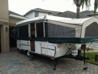 2006 Forest River M523 Truck Camper This camper was