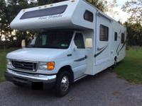 Up for sale is an extremely good 2006 Ford Motor home.
