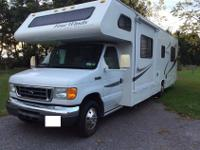 Up for sale is a very nice 2006 Ford Motor home. This