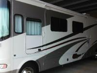2006 Georgie Boy Landau M3650 Class A. 2006 Georgie Boy