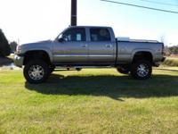 2006 GMC SIERRA 2500HD CREW CAB  ONLY 9,612. ACTUAL