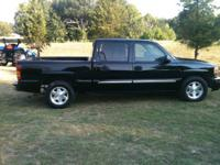 2006 GMC SLE SUPERCREW PICKUP TRUCK. HAS THE POWERFUL