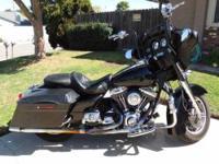2006 Harley Davidson FLHX Street Glide Cruiser 35,000