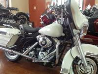 This is a very nice 2006 Harley Davidson Police FLHTP