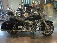 2006 Harley-Davidson Road King Classic PEACE OFFICER!
