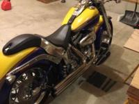 Harley Screaming Eagle Fat Boy here and the bike is in