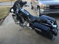 2006 street glide 27000 miles Crome out engine. 21 inch