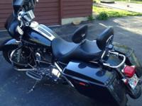 2006 Harley Davidson FLHX Street Glide. Features: