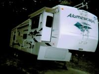 2006 Holiday Rambler Alumascape, Length: 35, 5 Slides,
