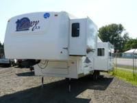 2006 Holiday Rambler Savoy LX! Beautiful condition with