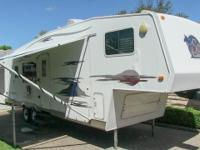 2006 Holiday Rambler Savoy 29RKS rear kitchen fifth