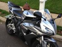 2006 Honda CBR 1000RR in Silver/Metallic Silver. It was