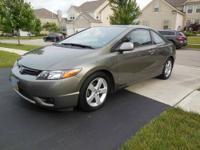 2006 Honda Civic EX Coupe with Navigation System.