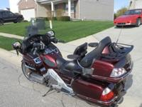 2006 Honda Gold Wing / Goldwing, GL 1800----- Burgandy