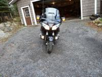 Black Gold Wing in excellent condition balanced out