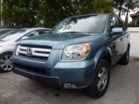 Exterior Color: blue, Body: SUV, Engine: 3.5L V6 24V