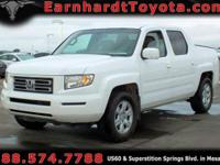 We are happy to offer you this 2006 Honda Ridgeline