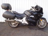 2006 HONDA ST1300 IN BLACK!!!This price will be good