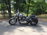 Fresh 2006 VTX 1300C in dark gray. Adult had, one